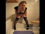 photos of girls pooping
