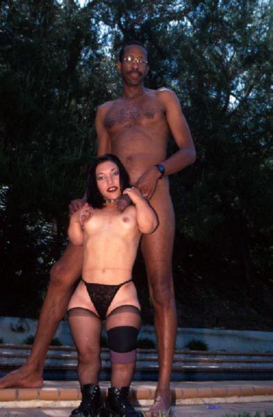 Naked midget girls fucking big dick