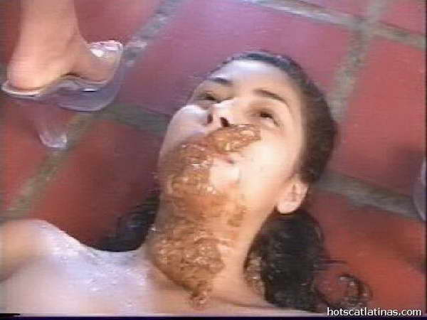 blowjob while taking a shit