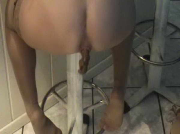 wild latin scat & foot lezdom threesome