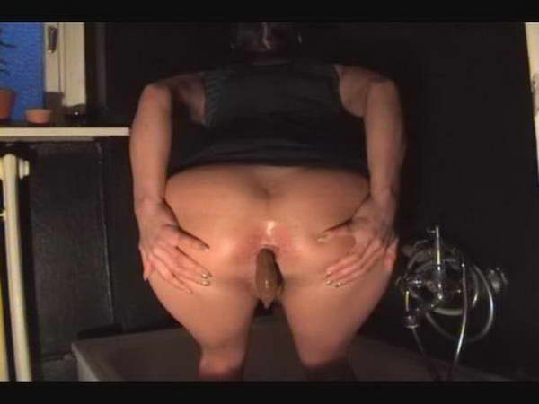 girl gets fuck hard she shits