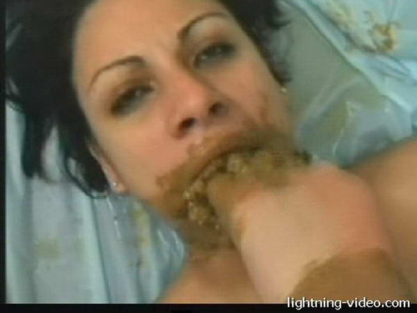 asian chick eats hot poop