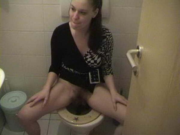 sex on toilet
