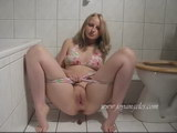 girls poop fun in their pants big bulges