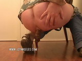 Girl hose in pantie pooping