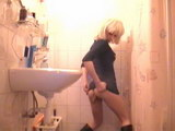 girls scat in toliet