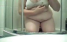 BBW shit smear - young fat girl