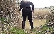 Girl with pretty ass taping herself while pooping outdoor