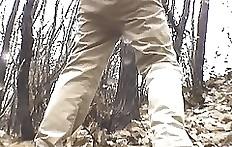 Standing poo