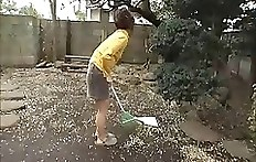Shitting in garden - pooping Japanese girl - Japan scat